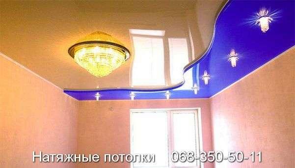 Натяжные потолки в зал, гостиную Кривой Рог